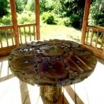 Делаем стол для беседки из дерева